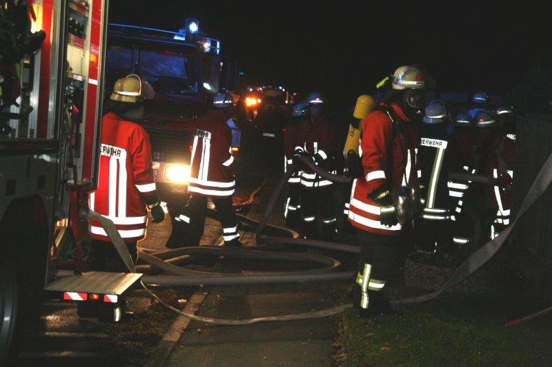 Nächtliches Feuer am Gemeinde-Bauhof