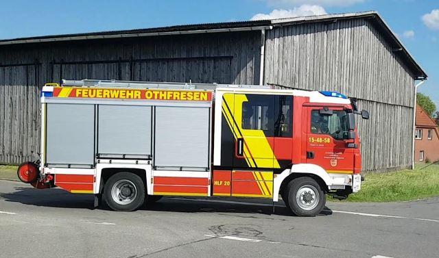 Brennender Strommast sorgt erneut für Feuerwehreinsatz