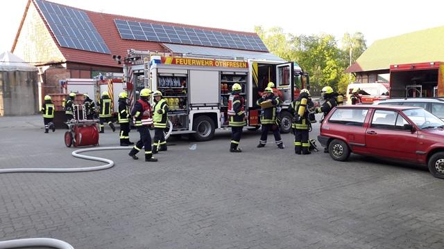Gemeinsame Übung auf dem Hof Pommerehne fordert mehrere Feuerwehren